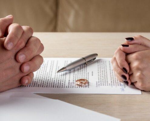 divort romani strainatate
